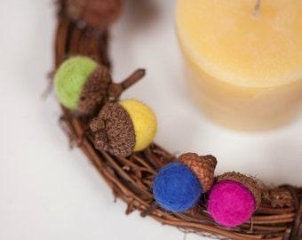 Felt ball acorn small wreath table top candle holder