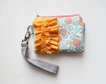 ruffle power wristlet clutch -- whimsy floral
