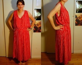 L Vintage 70s Red and White Striped Dress