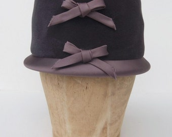 Vintage 60's Hat Muted Purple Wool Felt with Satin Brim and Bows