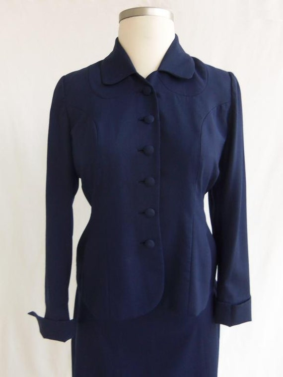 Vintage 40s Suit Skirt and Jacket in Navy Blue Size L or XL