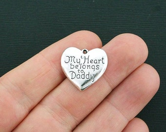 8 Daughter Charms Antique Silver Tone My Heart Belongs to Daddy - SC4002