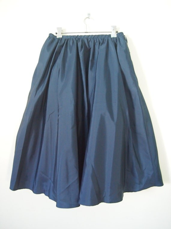 vintage 1950 s navy blue circle skirt with tulle petticoat