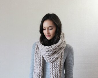 Huge Chunky Knit Long wool Scarf // Le Mans - LINEN