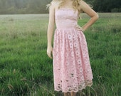 CLOVER FLOWER Vintage 1970's Party Dress Scalloped Lace Pink Prom Strapless Princess Cut Gown