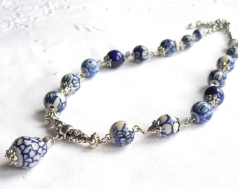 delft necklace white and blue necklace delft blue jewelry delft blue necklace blue and white necklace blue necklace delft blue pendant