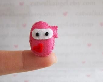 Felt Miniature - Felted Miniature ninja girl - Felted ninja - ninja felted miniature - ninja miniature - tiny ninja - felted pink ninja
