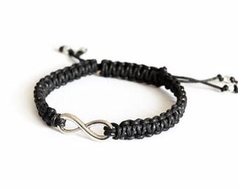 Unisex infinity bracelet black macramè