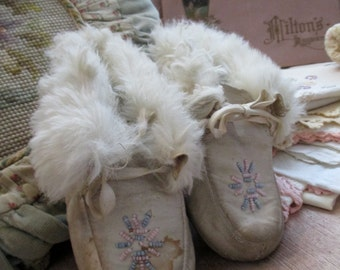 Antique Vintage Child's Shoes White Leather Real Fur Blue Pink Beaded Slippers Native Revival