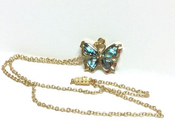 Paua shell pendant necklace - Gold plated chain with magnetic closure - Free shipping to Canada & USA