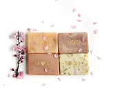 50 Soap Wedding Favors | Gold Personalized Initials | Spring and Summer Wedding Favors | 2oz Soaps