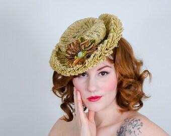 1930s vintage hat / tilt hat / Vogue