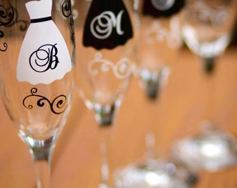 Bridesmaids gifts, set of 4 flutes. Personalized dress glasses for wedding day champagne with your bridal party. black and white weddings