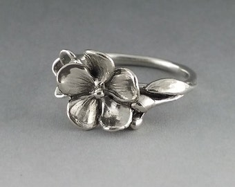 Sterling Silver Flower Ring, Just a Pretty Flower Ring, Floral Ring, Forget Me Not Ring