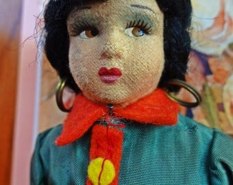 Vintage Doll, Vintage Magis Roma -Romagna Felt Face, Side glancing Doll, International Doll Italy