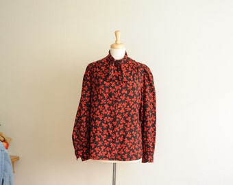 SALE Vintage 70's 80's Red & Black Blouse with Bow Pattern and Neck Bow by Judy Bond, Made in USA, size 16