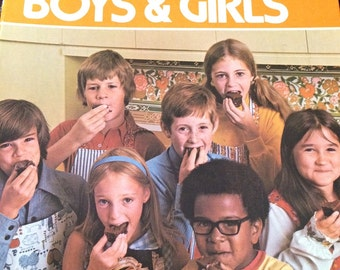 Betty Crocker's Cookbook for Boys and Girls 1975