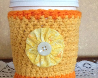 Sunny Flower Crochet Coffee Cozy, Flower Cozy, Coffee Lovers, Coffee Cup Sleeve, Yellow and Orange, Button Flower, Coffee Cozy, Crochet Cozy