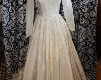 1950's Wedding Gown  Item #191-WG