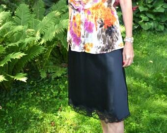 Black Satin Lace Half Slip Skirt.   Maidenform Something Special. Vintage Lingerie. Modern Size Medium - VL283