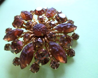 Molded Glass Pin Mid Century Brown Rhinestone Flower Starburst Atomic Pin vintage costume Fall colors Earthy  jewelry givre glass