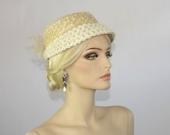1950's Ladies Natural Straw & Cremé Net Cocktail Topper Hat