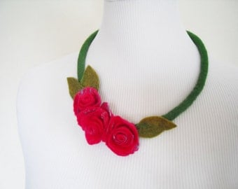 Fiber Felt Necklace Flower Necklace Collar Pink and Green gift for her woman