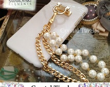 Brazalete Stylish Pearl & Gold Metal Chain White Diamond Ring Wristlet Wrist Lanyard Design Hook Stand Jewelry Cover Charm Case For iPhone