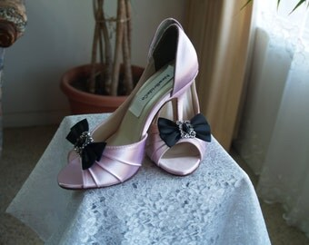 Wedding Pink Shoes more colors black bow vintage brooch, peep toe, closed ankle pump