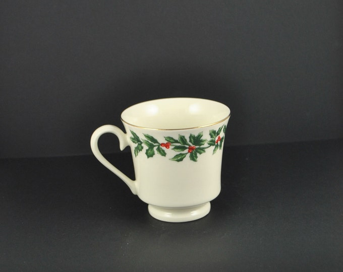 Vintage Christmas Teacup, Ivory Porcelain w/ Holly and Holly Berries, Formalities by Baum Brothers Replacement Teacup, Christmas China Cup