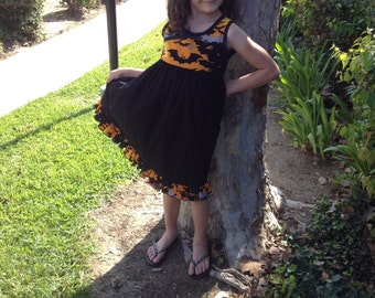Halloween Skies Dress Size 7, 8 and 9 Years