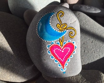 Painted rock / Blue moon / Sandi Pike Foundas / love from Cape Cod / sea stone, beach stone / love you to the moon