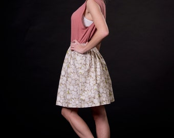 GARLIC, white / beige / grass-green, high waisted mini skirt, elastic band in the back, one size, cotton