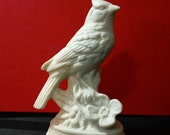Vintage unpainted Porcelain Ceramic Bird Figurine