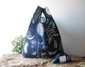 blue tote bag with botanical print / floral shopping bag / cotton grocery bag / capacious folding bag / for her / mother's day gift