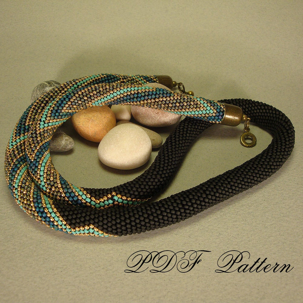 beaded crochet rope necklace zigzag pattern and brief working