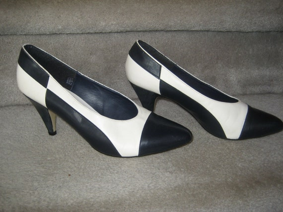 spectator shoes navy black white pumps 3 inch heels