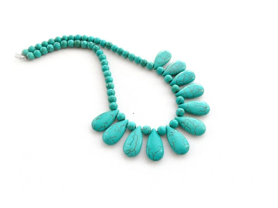 Gemstone Necklace - Turquoise Necklace - Teardrop Necklace Choker - Beaded Necklace - Christmas Gift