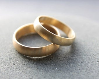 Wedding Ring Set: 18ct Yellow Gold Wedding Band Set, 4mm & 5mm, D-shape, Brushed Finish, Custom Sizes