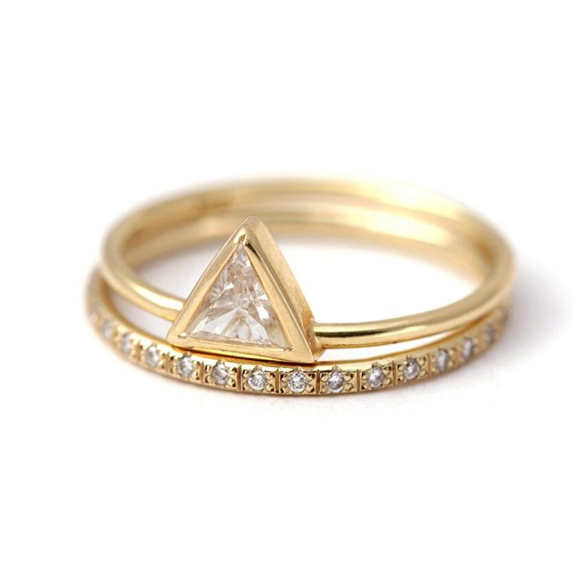 wedding ring set triangle cut ring set stacking