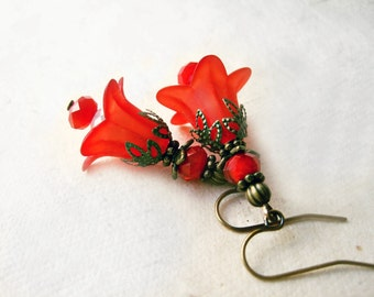 Red Lily Earring. Lucite Flower Earrings. Vintage Inspired Red Floral Wedding Jewelry. Victorian Flower Earrings. Crystal Dangle Earring
