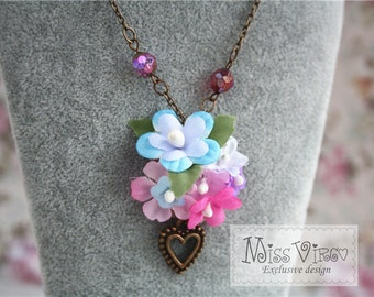 flower heart charm necklace cottage chic vintage bronze floral cute cottage chic jewellery accessory
