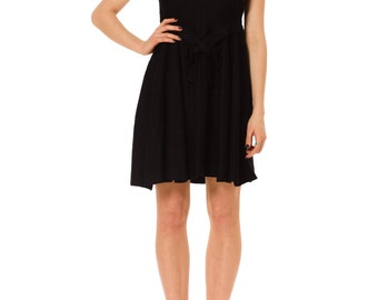 1960s Vintage Stunning Christian Dior Simple Black Crepe Wool Dress   Size: S/M