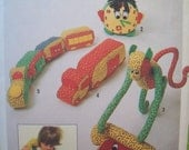 Vintage  Stuffed Toy Pattern 1970s Simplicity Pattern 8224 for Five Stuffed Toys