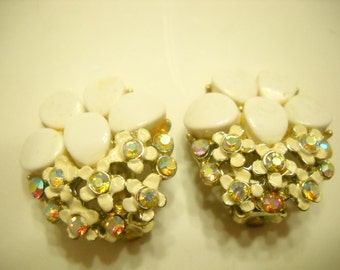 Vintage BSK Rhinestone Flowers Clip Earrings (4624)