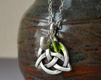 Celtic Knot Necklace Irish St Patricks Day Pendant Triquetra Green 3D Heart Charm Gaelic Saint Antique Silver Fashion Jewelry FREE Shipping