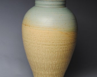 Clay Vase Turquoise and Taffy K87