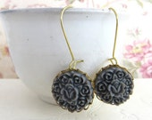 Grey Flower Earrings - Vintage inspired Floral Earrings - Cluster Vintage Style Earring - Resin Jewelry - Dangle Earrings