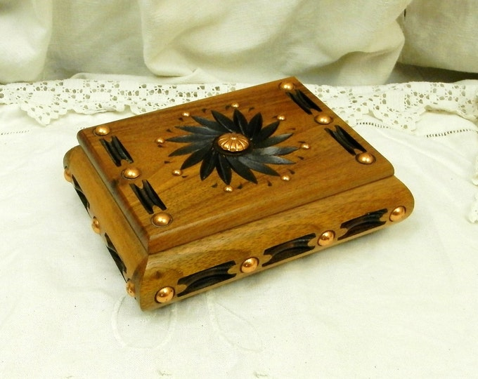 Vintage French Retro Carved Walnut Wooden Box With Decorative Rivets / French Flea Market / 1960s / Trinket Box / Jewelry Box / Funky