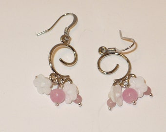 Pink agate and white flower chandelier earrings.